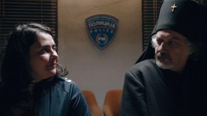 God Exists, Her Name Is Petrunya: Zorica Nusheva con Suad Begovski