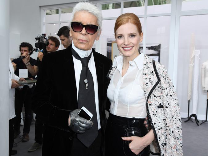 Karl Lagerfeld con Jessica Chastain