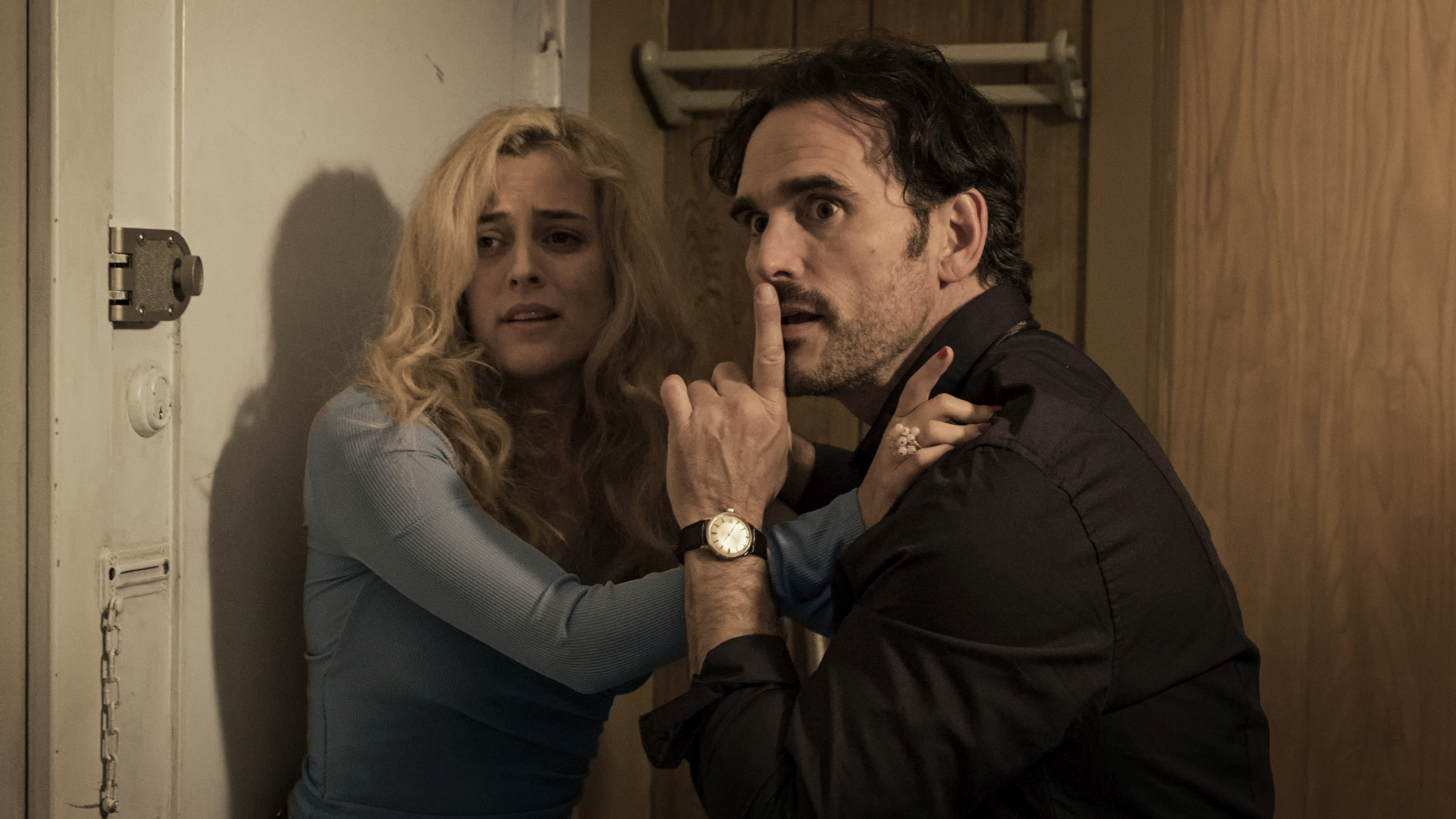 La casa di Jack: Matt Dillon e Riley Keough in una scena