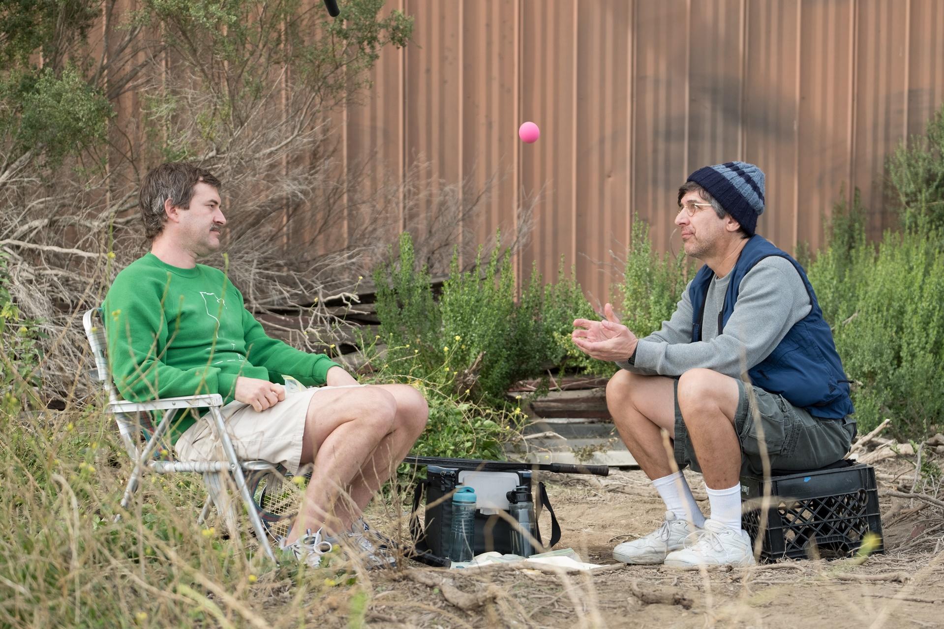 Paddleton: Mark Duplass e Ray Romano in una scena del film