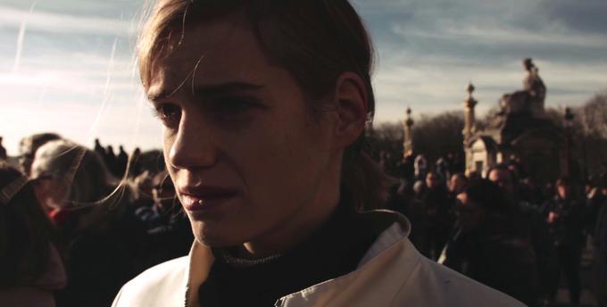 Parigi è nostra: una scena del film