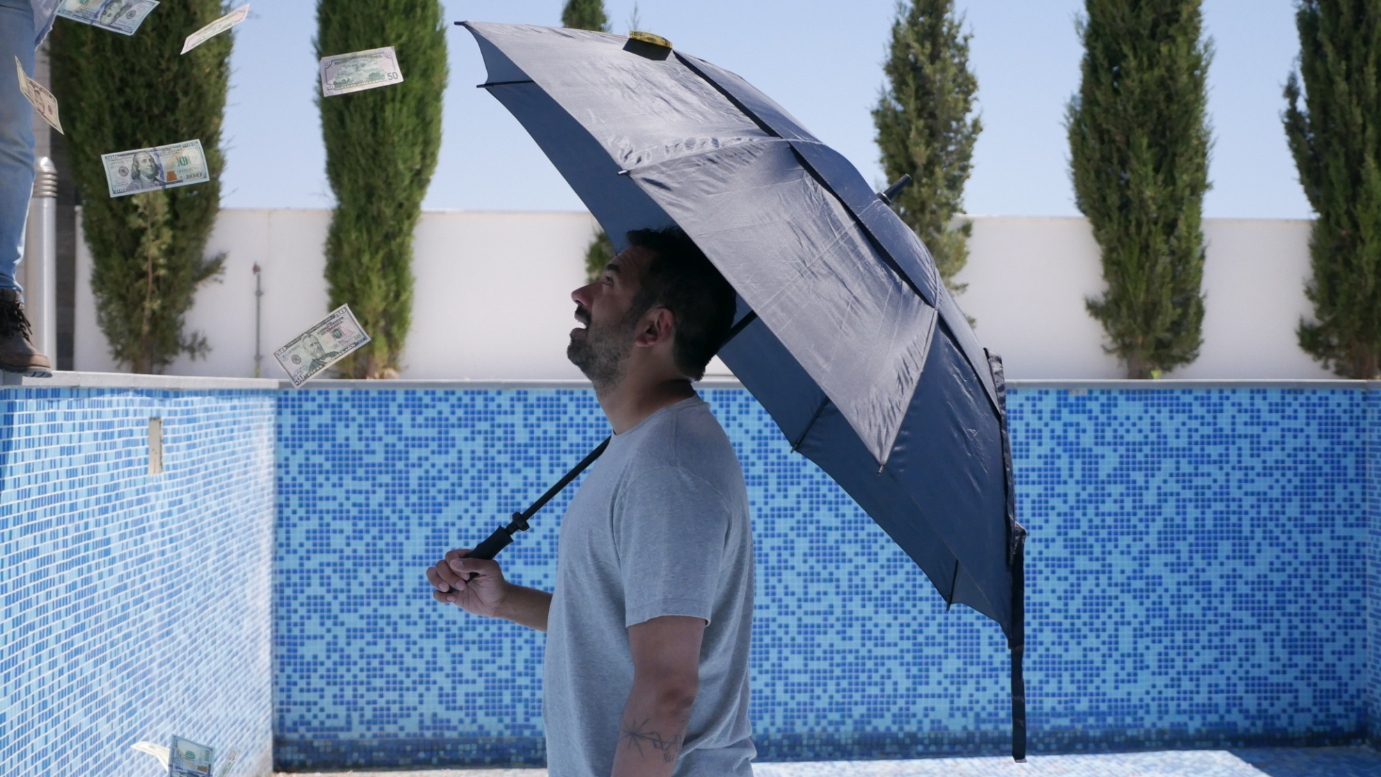 This Giant Beast That Is the Global Economy: un momento con Kal Penn