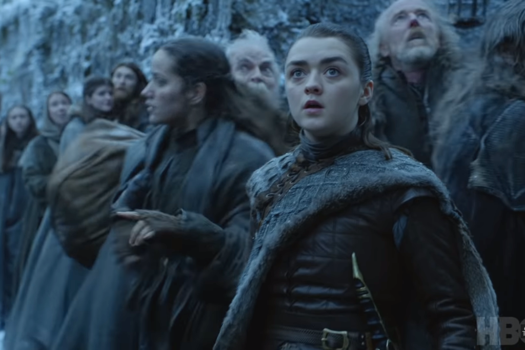 Il trono di spade: Maisie Williams nell'episodio Winterfell