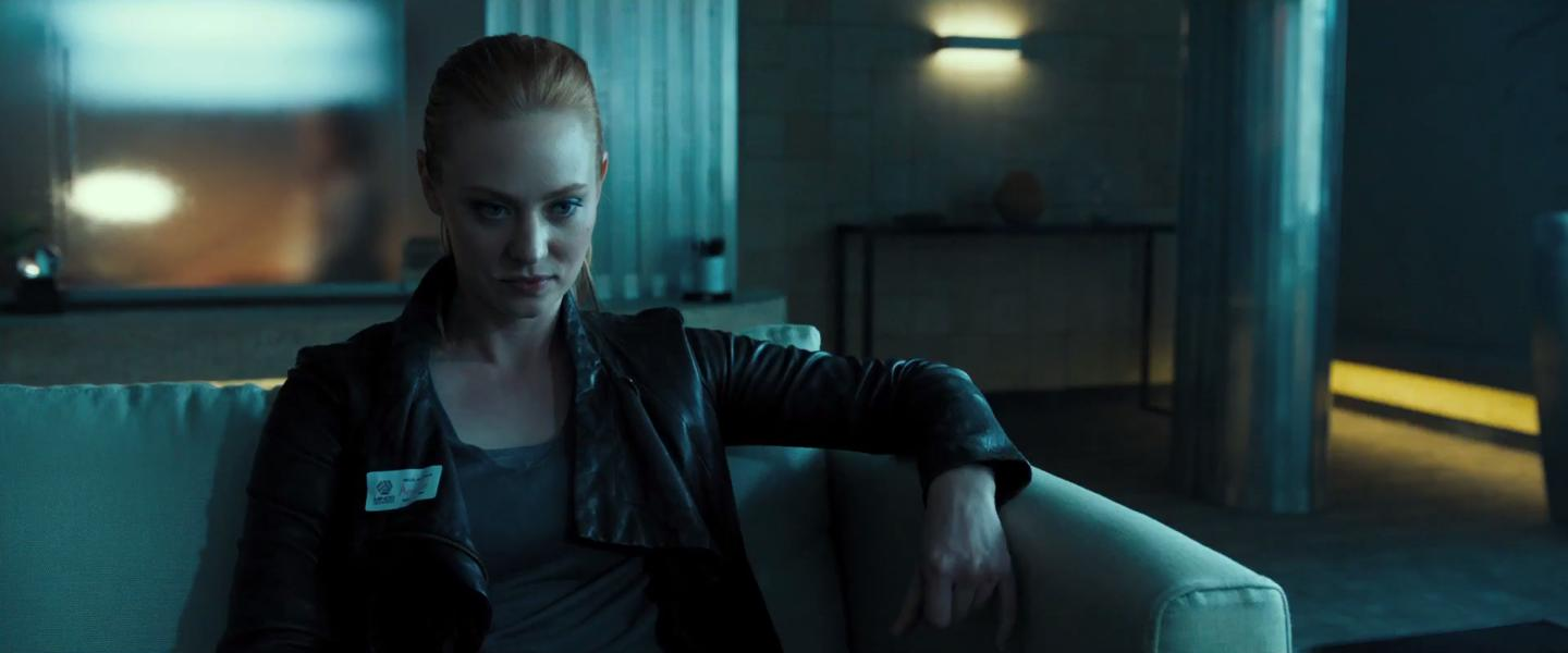 Escape Room: Deborah Ann Woll in una scena del film