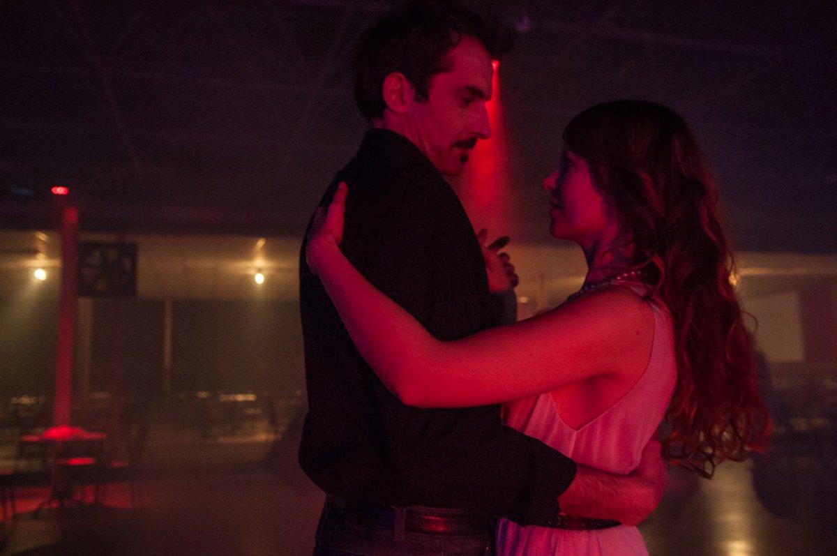 La notte è piccola per noi: una scena romantica