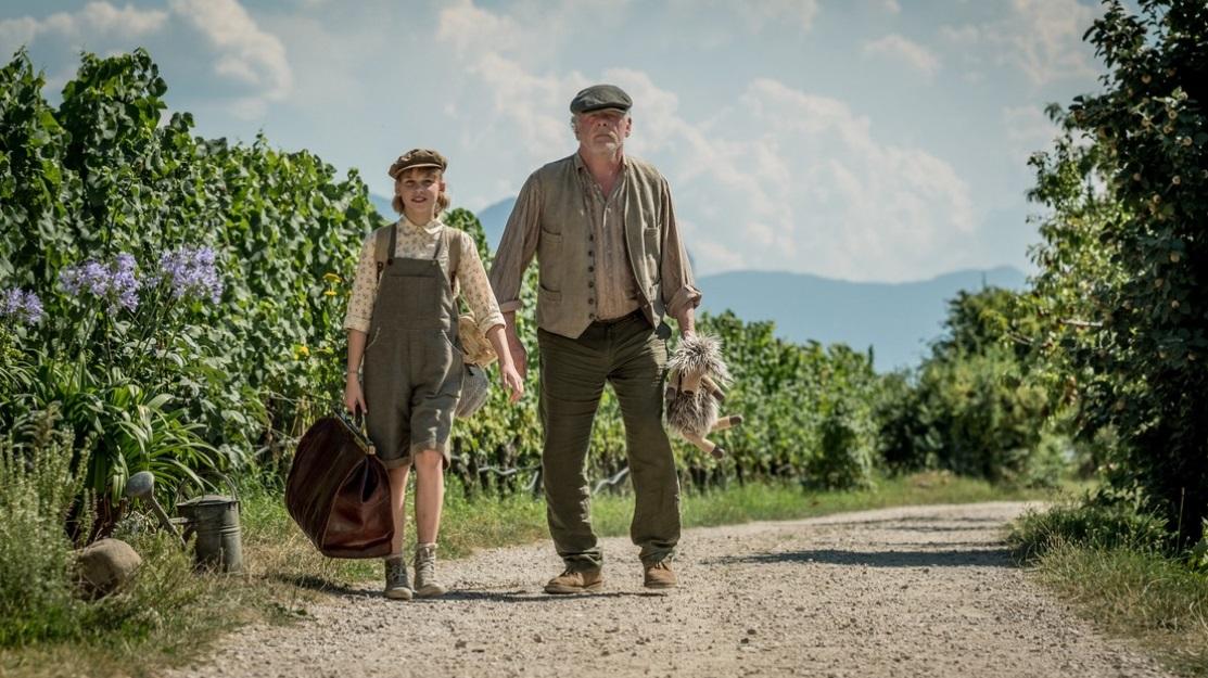 Un viaggio indimenticabile: Nick Nolte e Sophie Lane Nolte in una scena