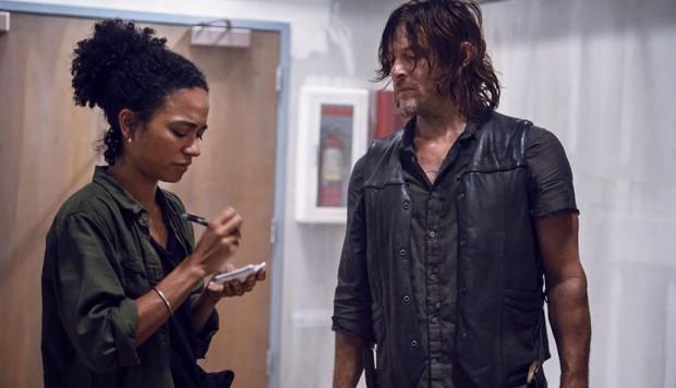 The Walking Dead: una scena con Norman Reedus nell'episodio Scars