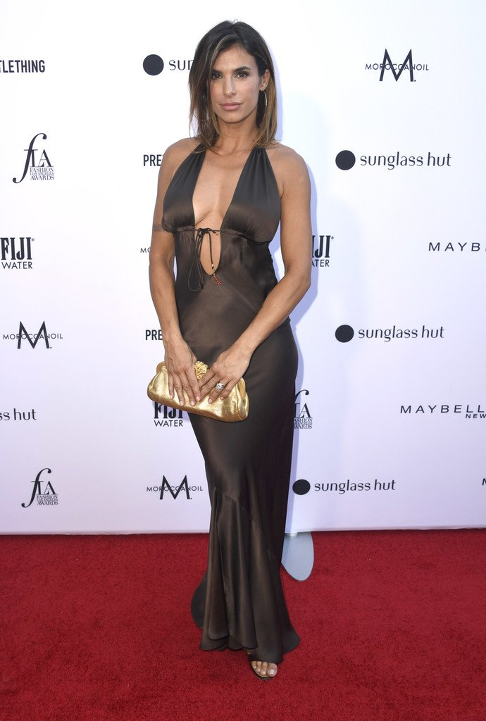 Elisabetta Canalis, con un abito sexy ai Fashion Los Angeles Awards