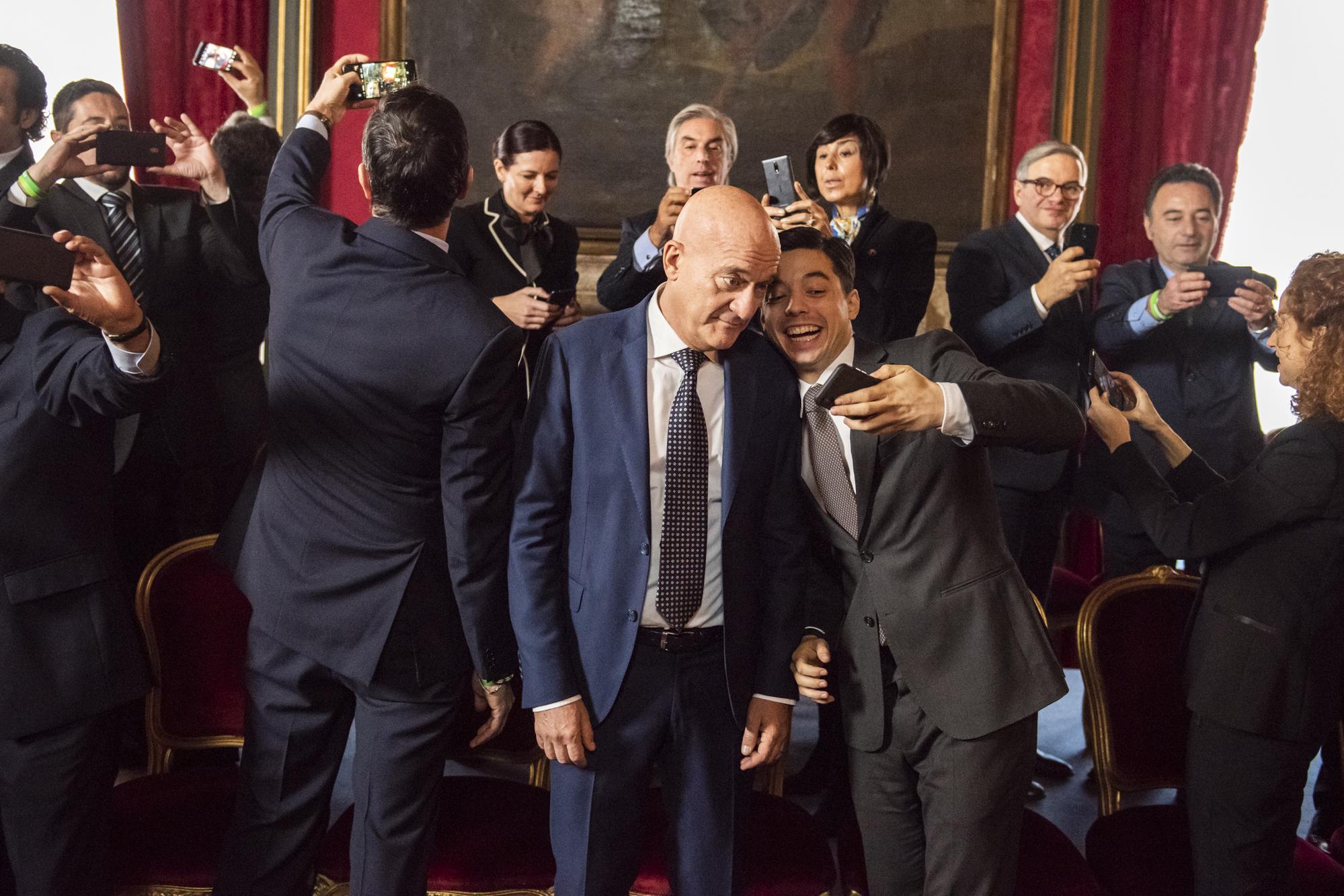 Bentornato Presidente: una scena con Claudio Bisio