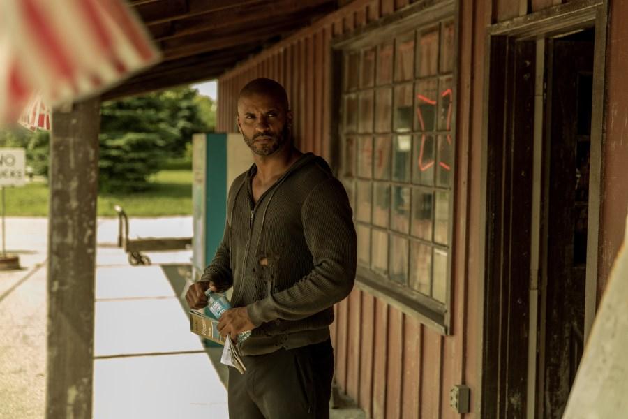 American Gods: Ricky Whittle  nell'episodio Muninn
