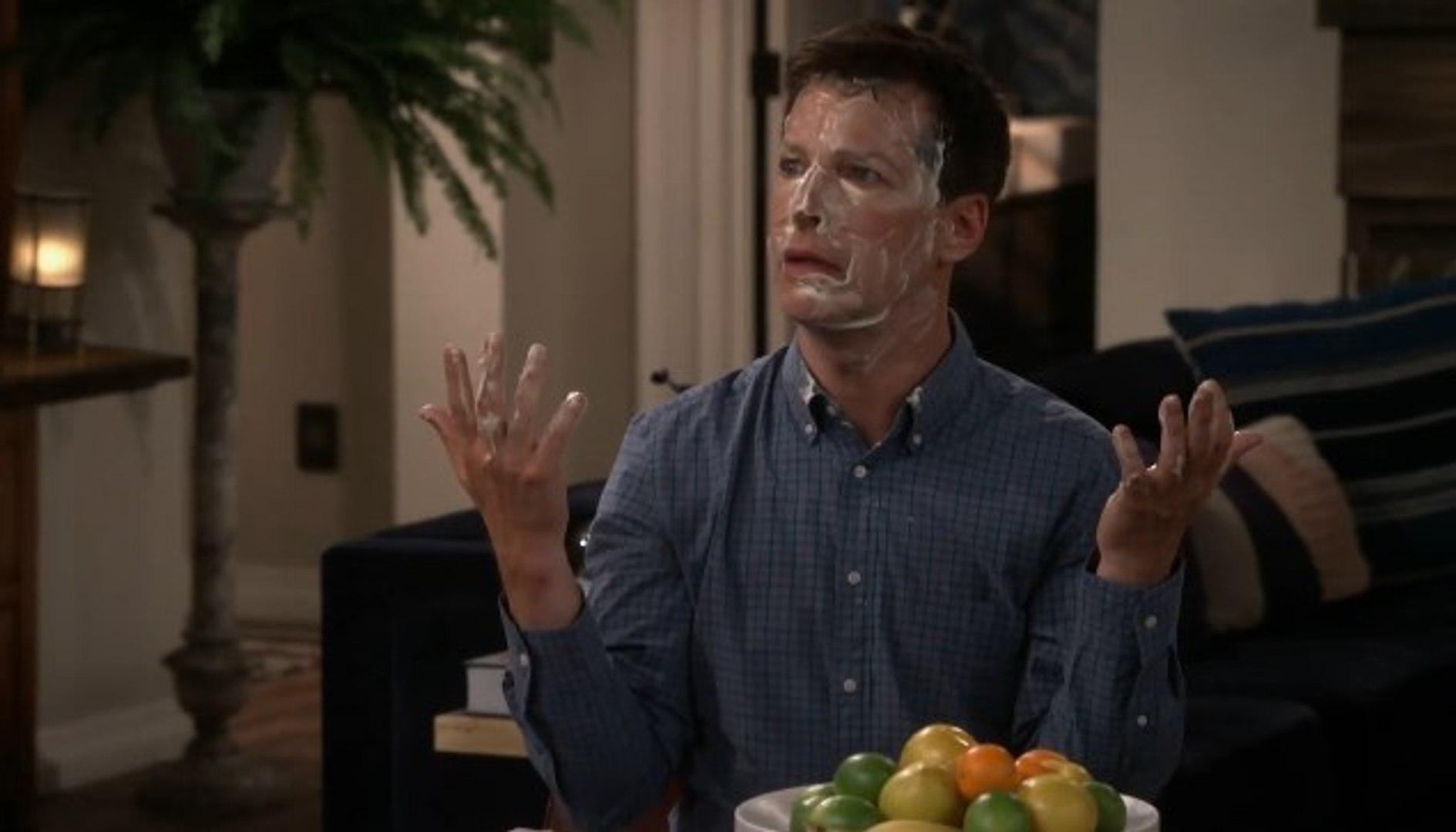 Will & Grace: Sean Hayes in una foto della decima stagione