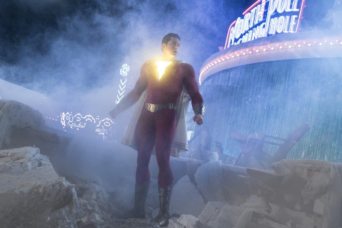 Shazam!: Zachary Levi durante una scena del comic-movie
