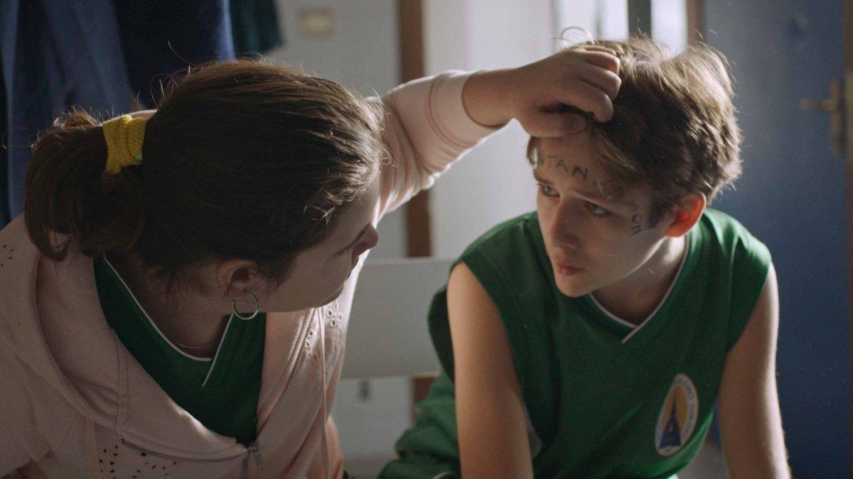 Bene ma non benissimo: Francesca Giorndano e  Yan Shevchenko in una scena del film