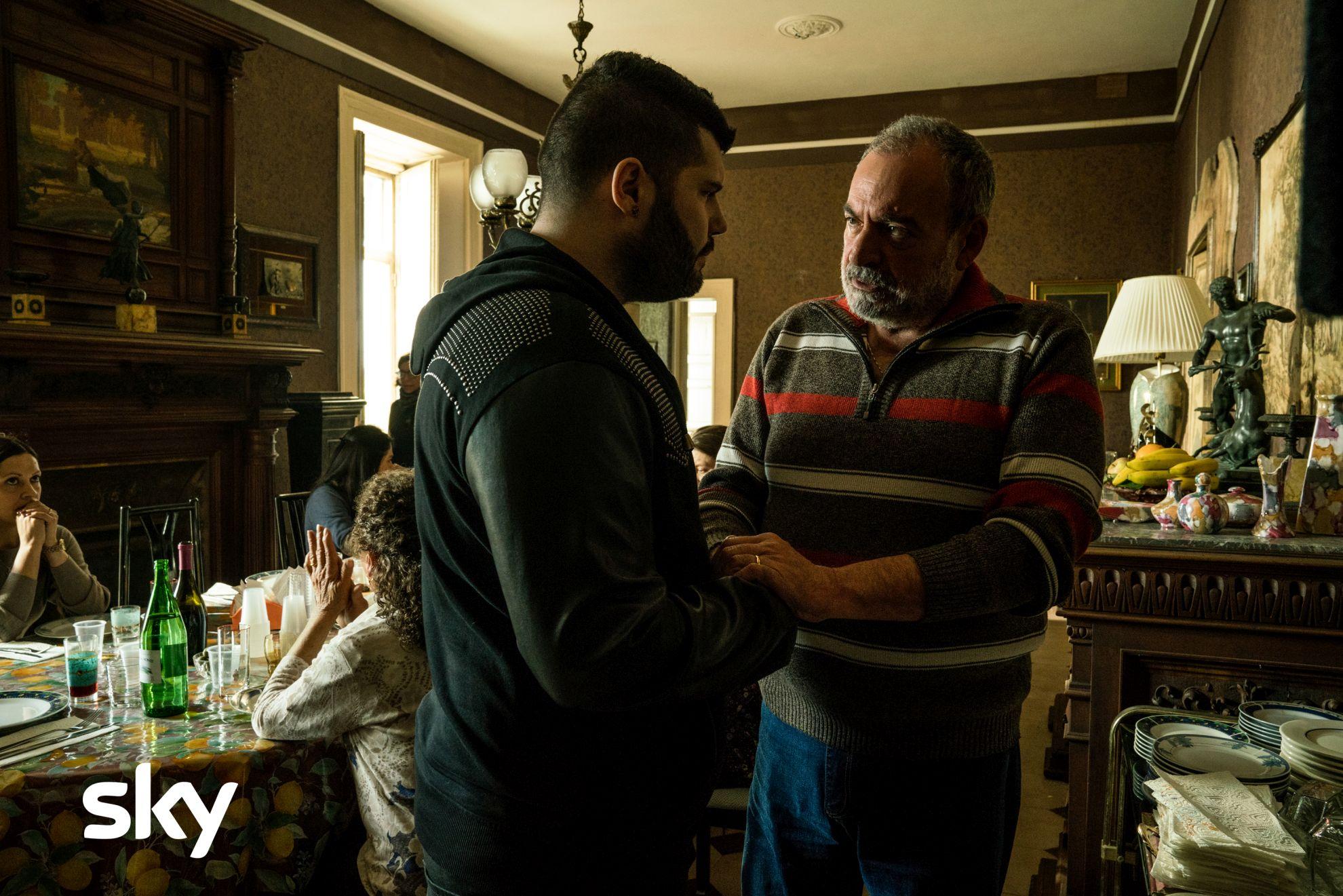 Gomorra: Salvatore Esposito nel primo episodio della quarta stagione