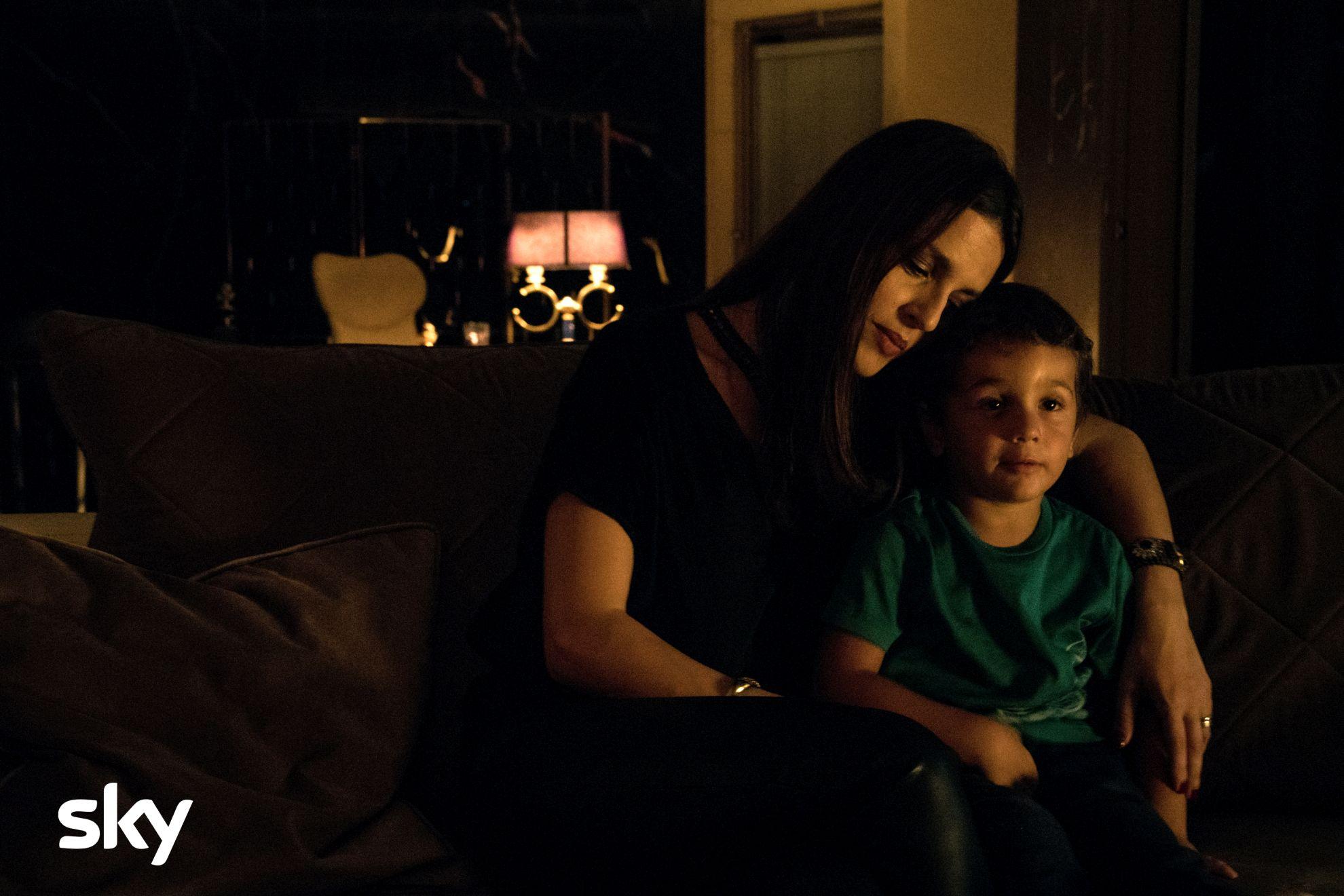 Gomorra: Ivana Lotito durante una scena del secondo episodio della quarta stagione