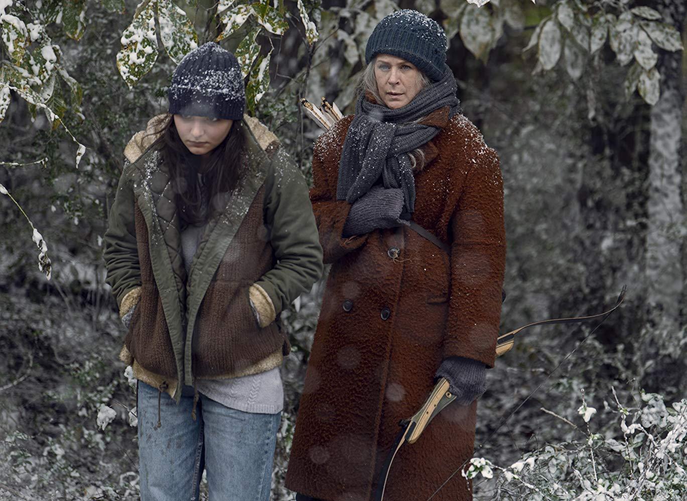 The Walking Dead: Melissa McBride, Cassady McClincy in una scena dell'episodio La Tempesta