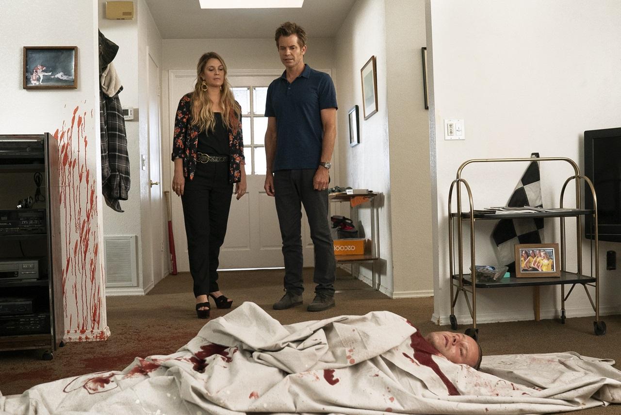 Santa Clarita Diet: una foto dei protagonisti Drew Barrymore e Timothy Olyphant