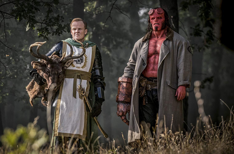 Hellboy: Alistair Petrie, David Harbour in una scena del film