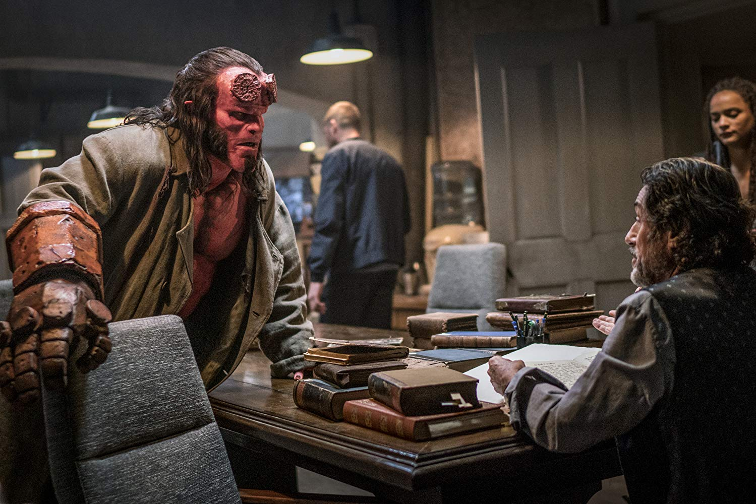 Hellboy: una sequenza con David Harbour e Ian McShane