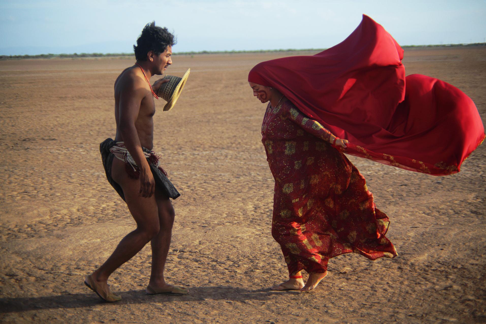 Oro Verde - C'era una volta in Colombia: una scena con Jose Acosta e Natalia Reyes