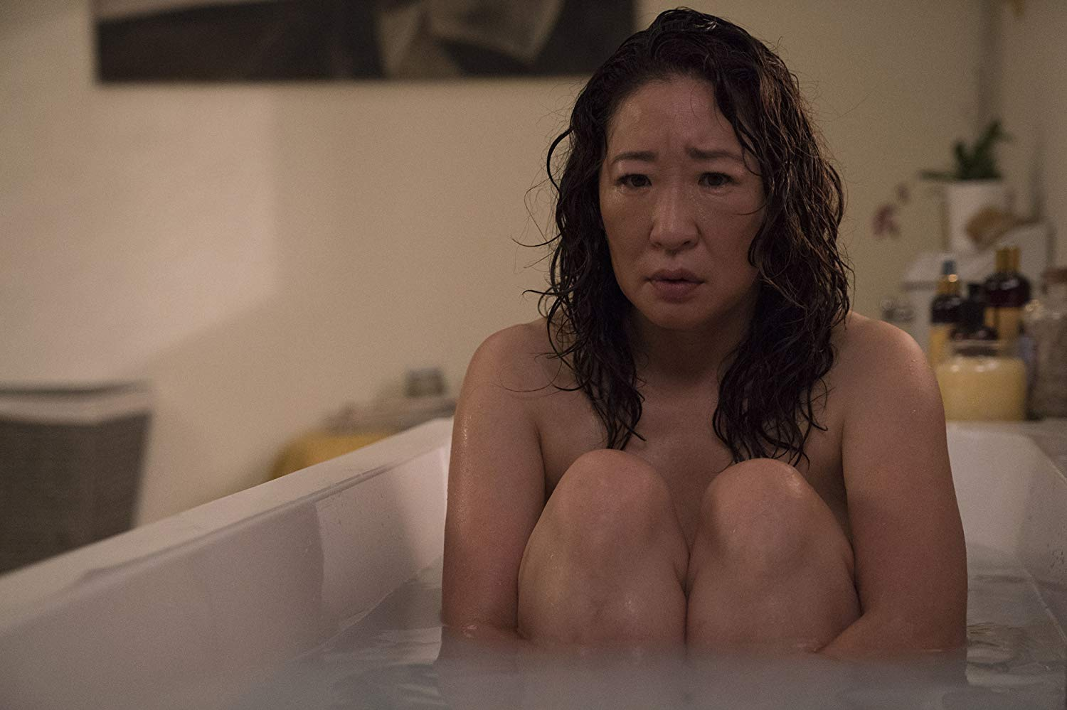 Killing Eve: Sandra Oh nell'episodio Do You Know How to Dispose of a Body?, seconda stagione