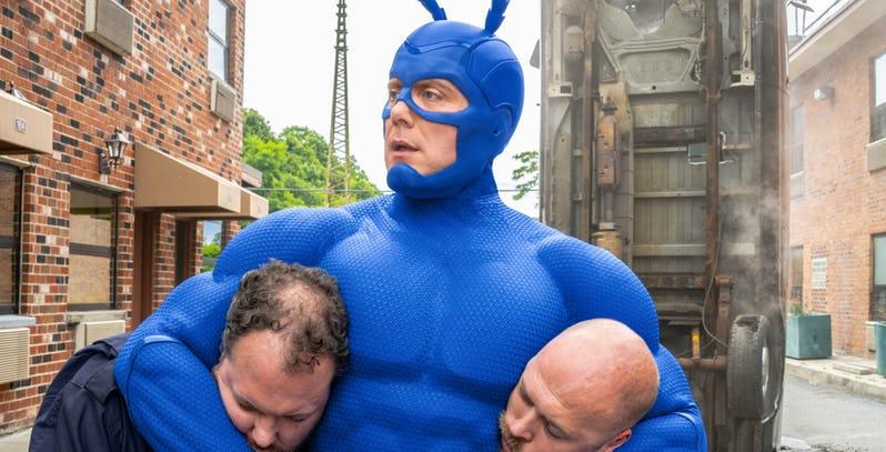 The Tick: Peter Serafinowicz in una foto della seconda stagione
