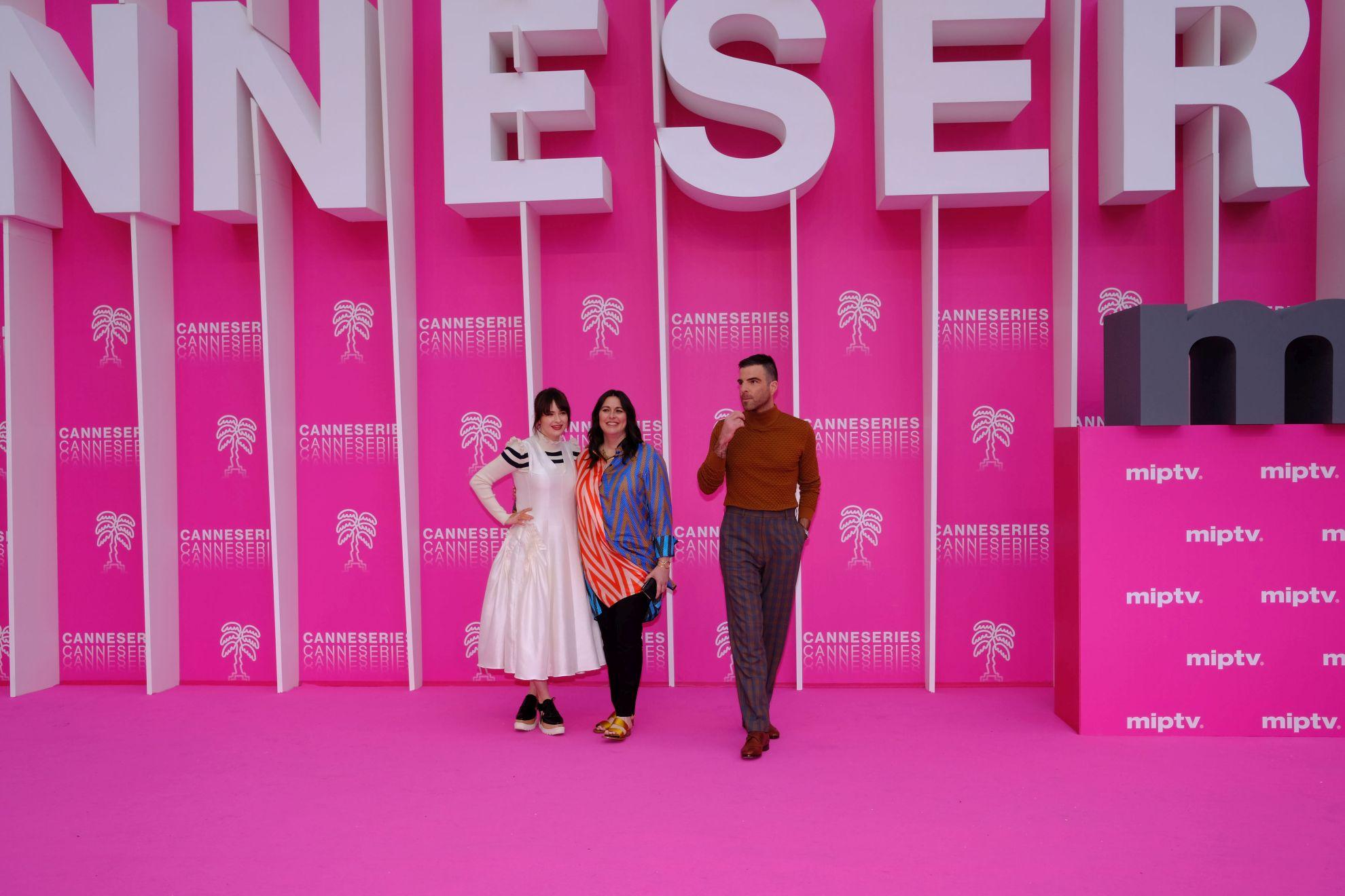 Canneseries 2019: il cast del serial NOS4A2 sul pink carpet