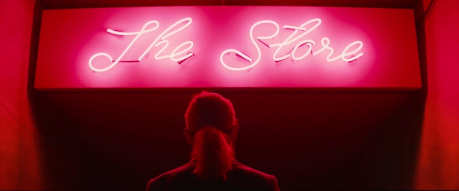 Unicorn Store: una scena del film