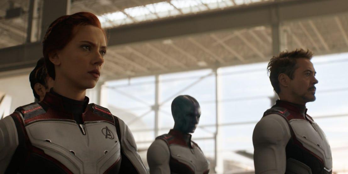 Avengers: Endgame, gli Avengers in azione con le nuove divise