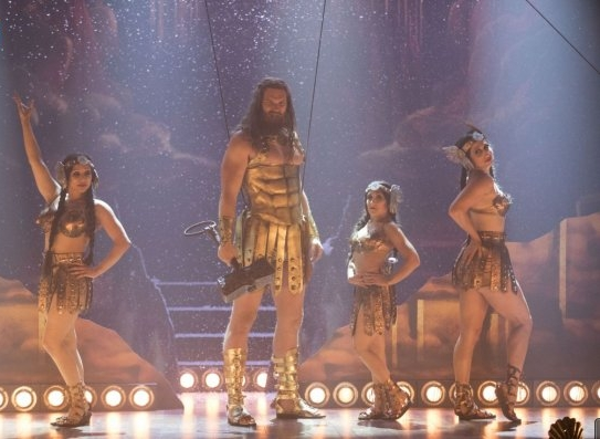 American Gods: Derek Theler in una scena dell'episodio Donar the Great