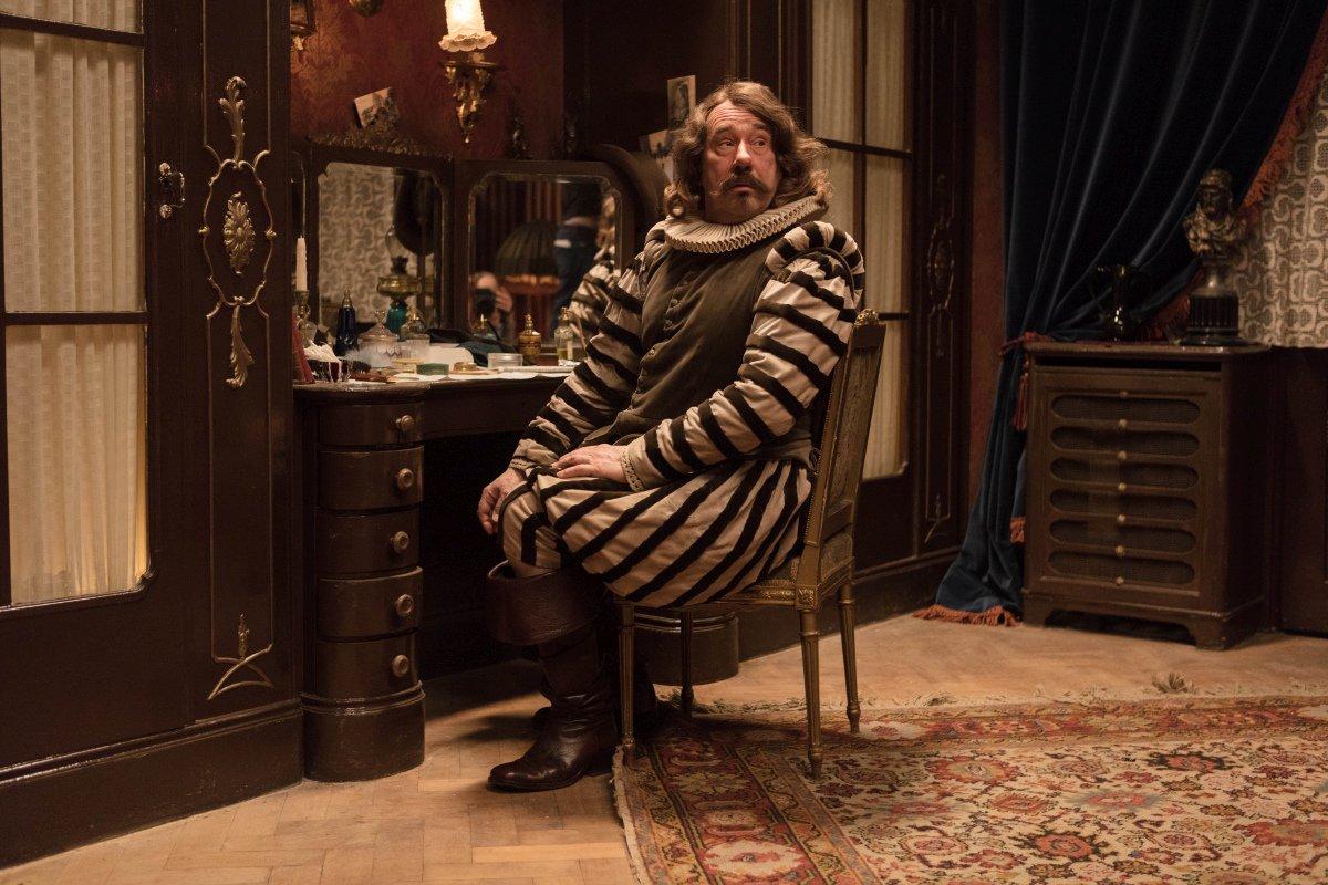 Cyrano Mon Amour:  una scena con Olivier Gourmet