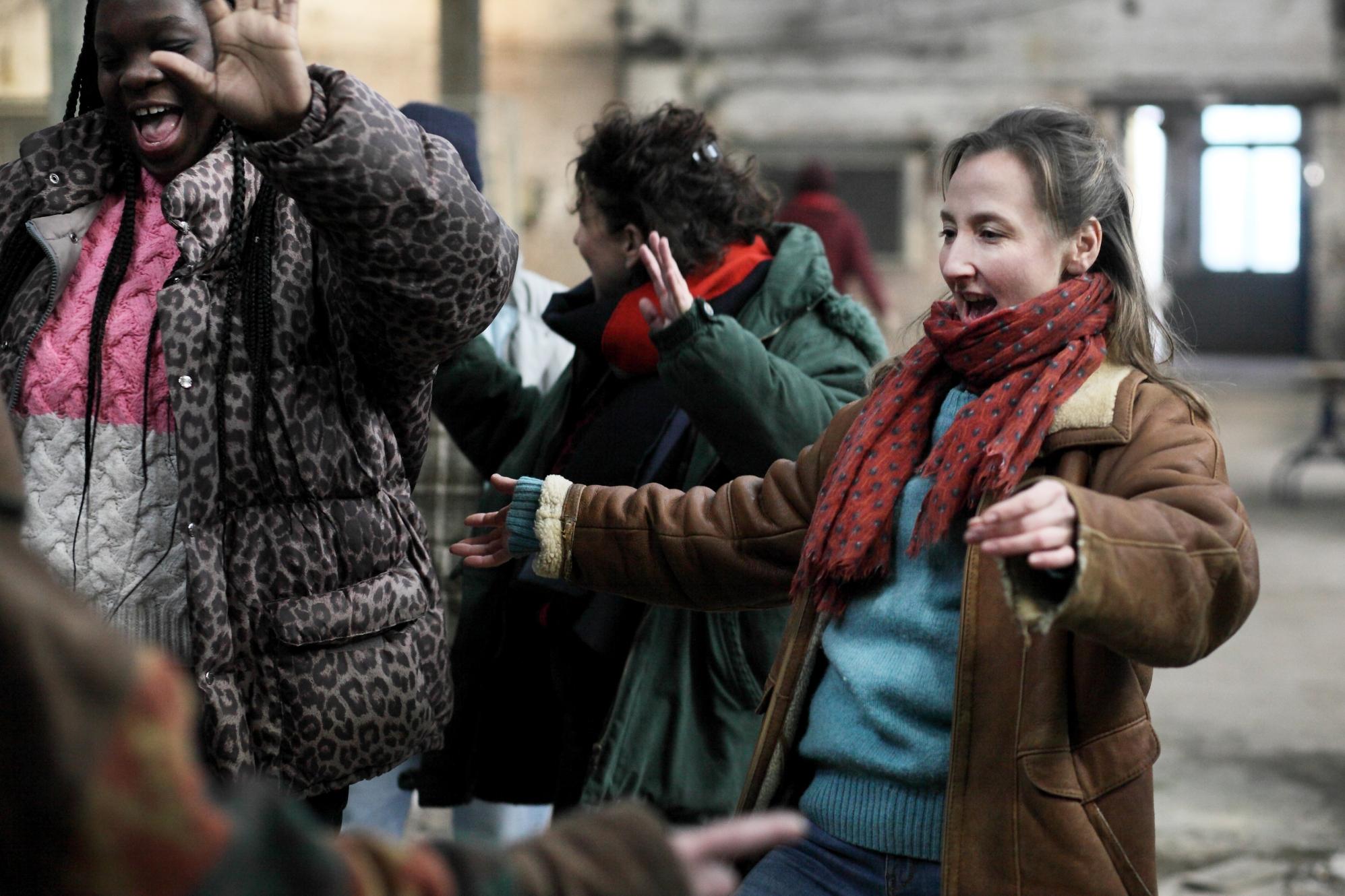 Le Invisibili: Audrey Lamy in una scena del film