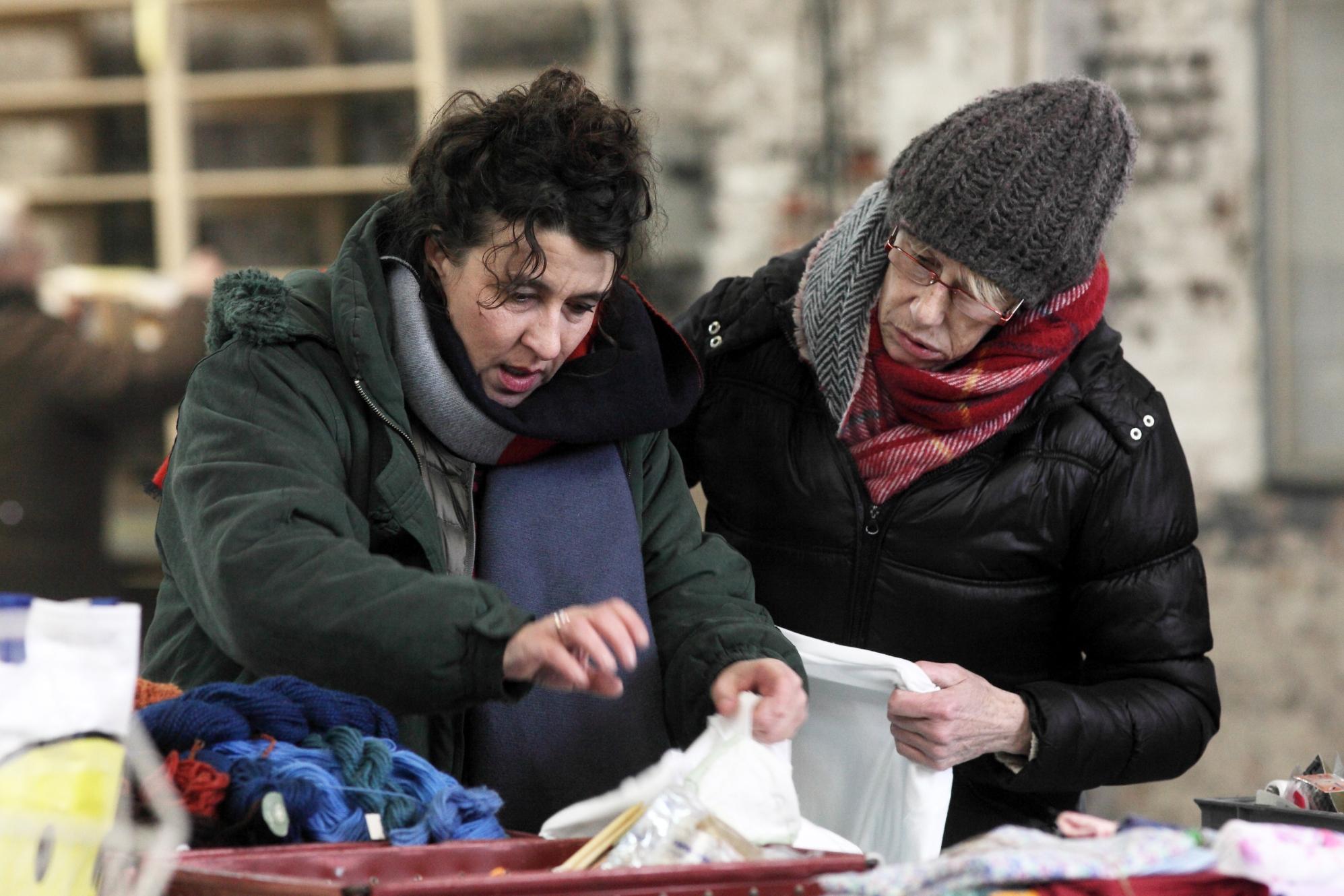 Le Invisibili: Noémie Lvovsky in una scena del film