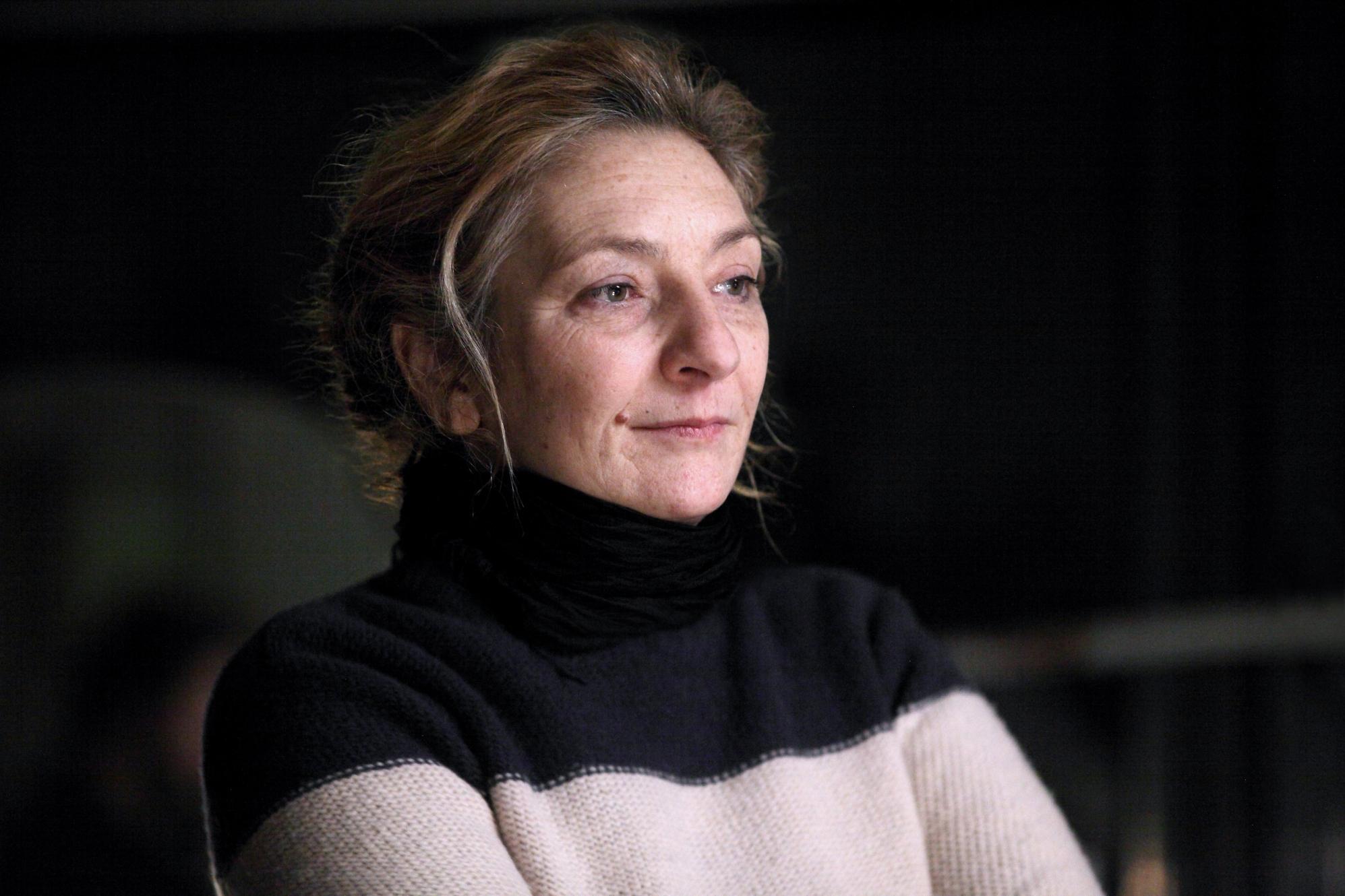 Le Invisibili: Corinne Masiero in una scena del film