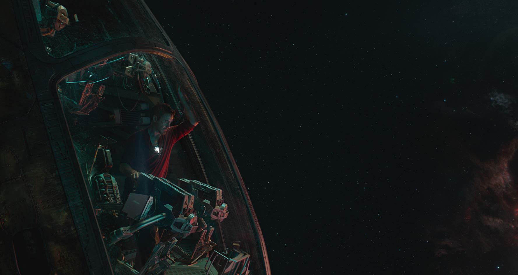 Avengers: Endgame, Robert Downey Jr. nello spazio