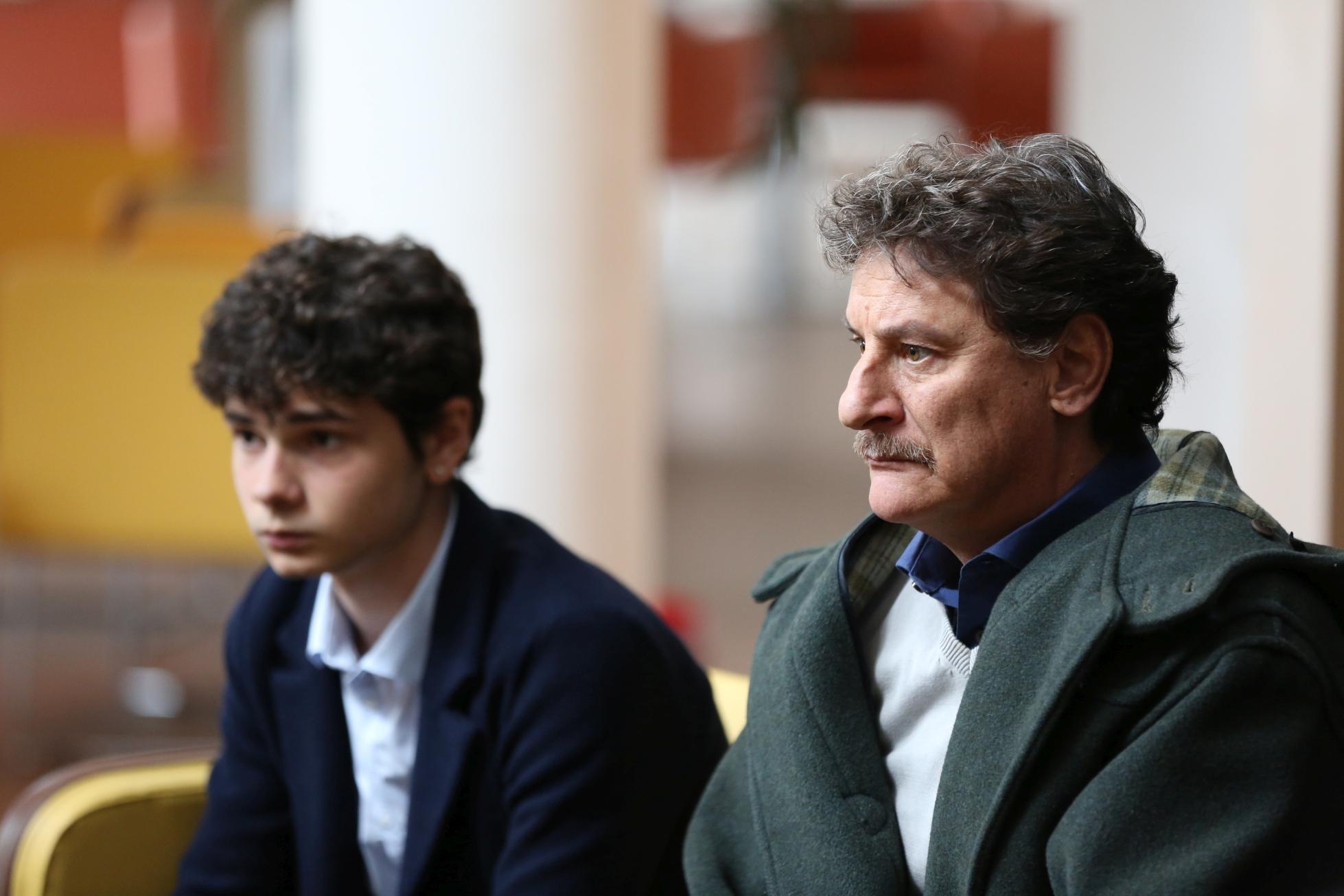L'Aquila - Grandi Speranze: una scena della fiction con Giorgio Tirabassi