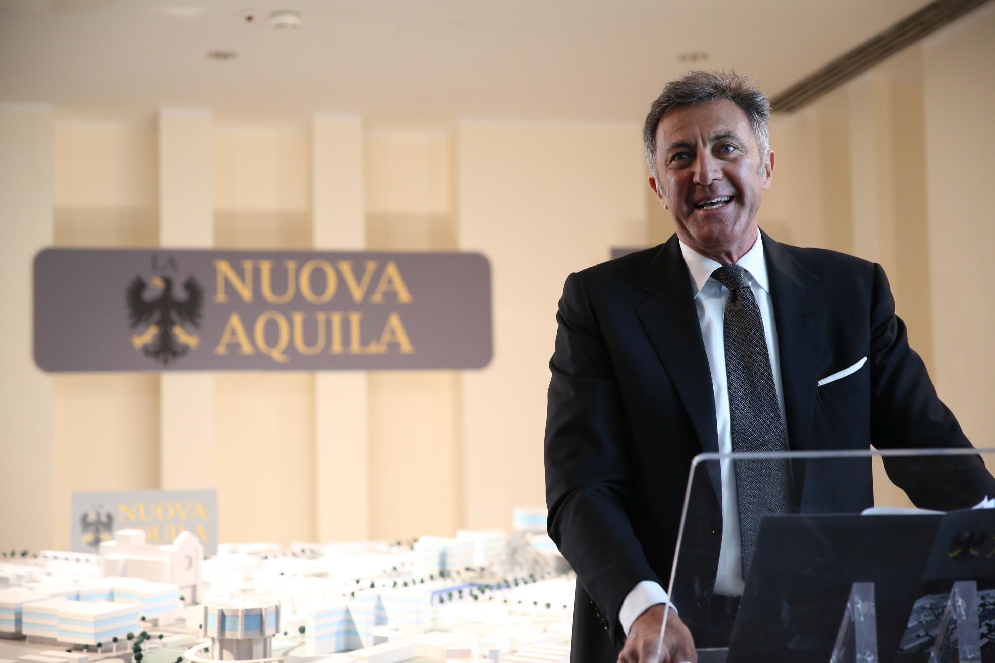 L'Aquila - Grandi Speranze: una scena della fiction con Luca Barbareschi