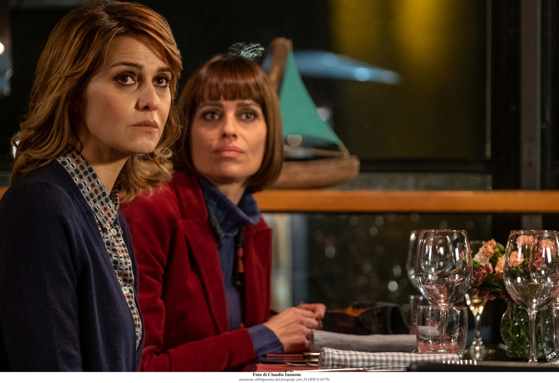 Ma cosa ci dice il cervello: Paola Cortellesi e Claudia Pandolfi in una scena