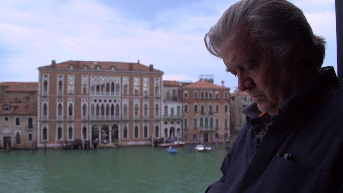 The Brink - Sull'orlo dell'abisso: Stephen K. Bannon a Venezia