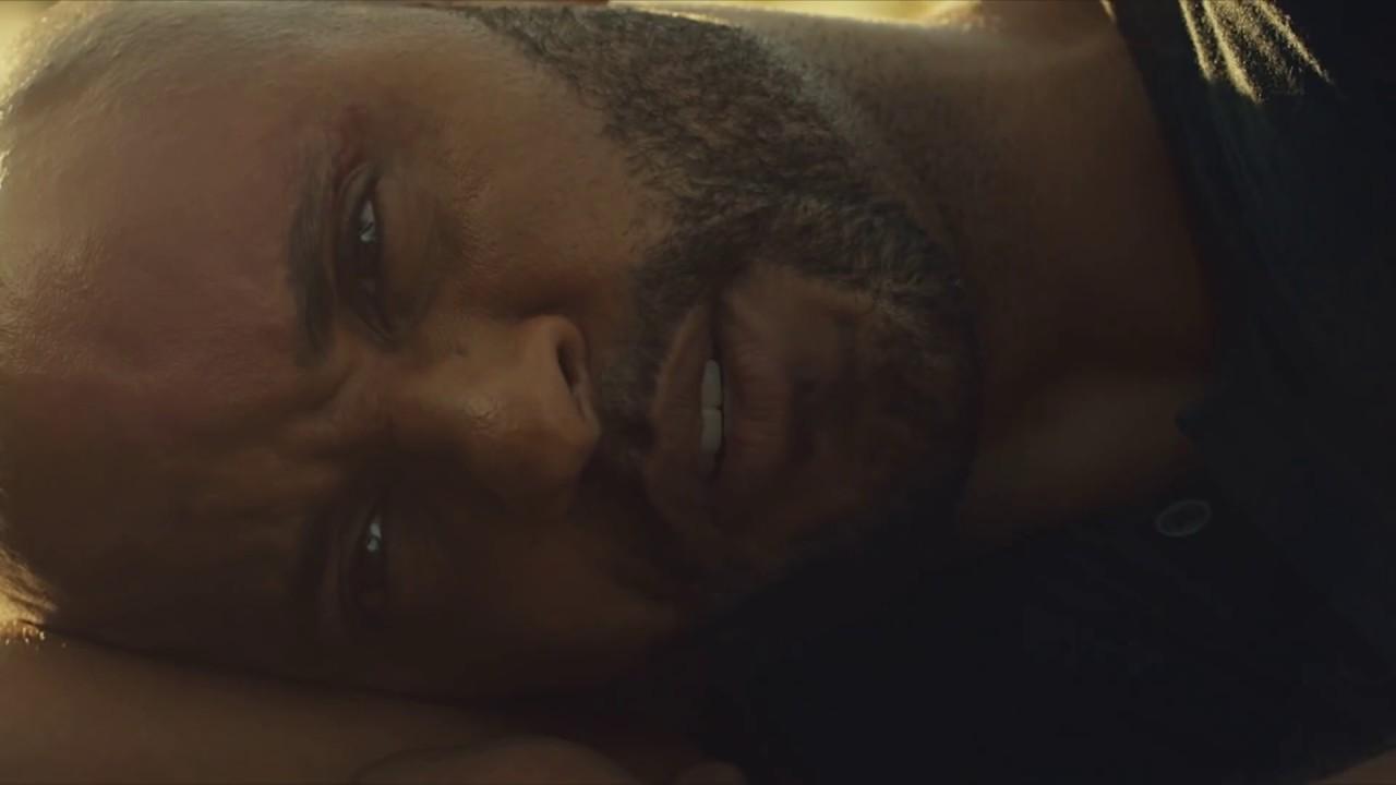 American Gods: un primissimo piano di Ricky Whittle nel finale della seconda stagione