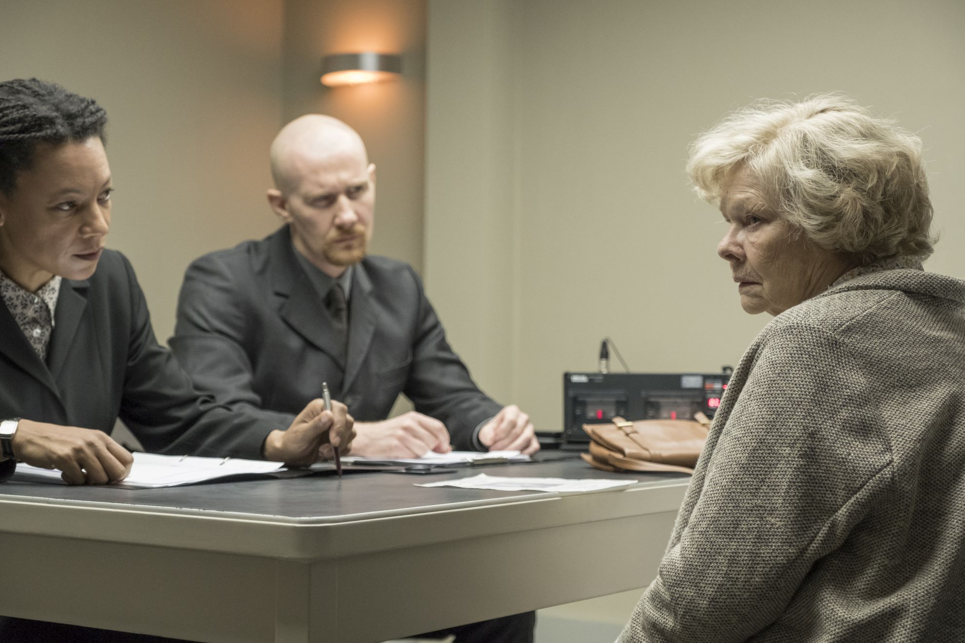 Red Joan: Judi Dench in un momento del film