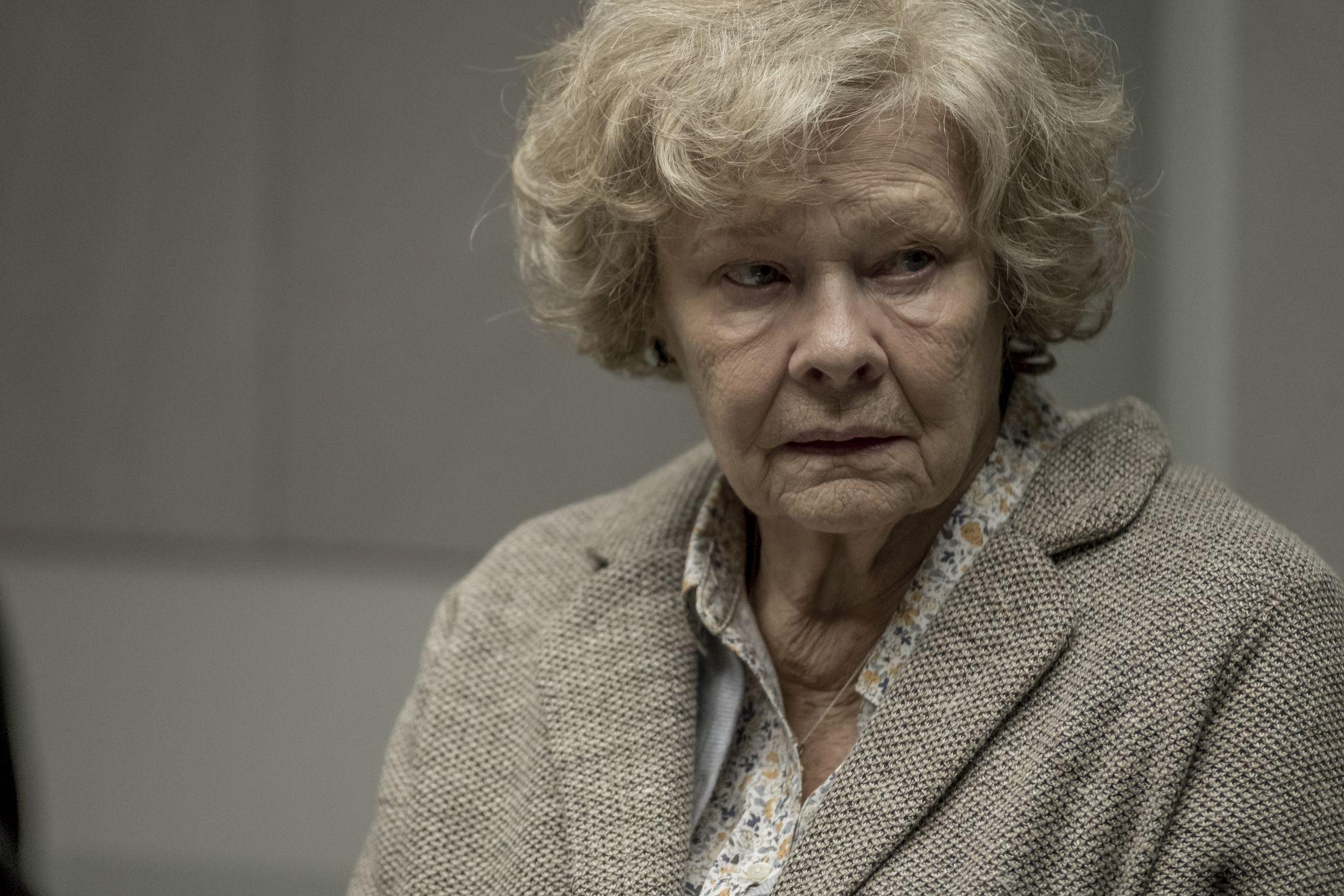 Red Joan: una scena con Judi Dench