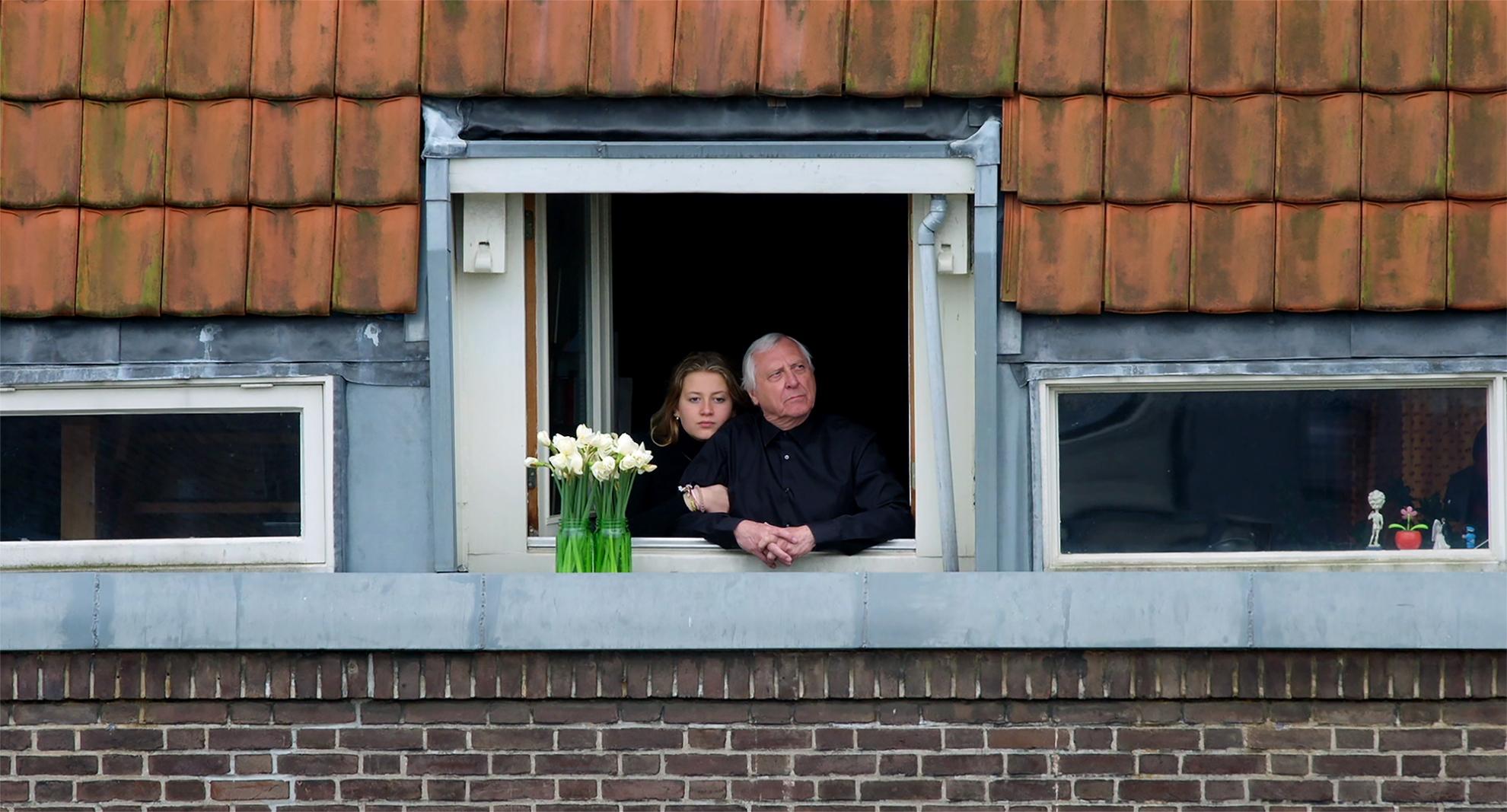 L'alfabeto di Peter Greenaway: Pip e Peter Greenaway alla finestra