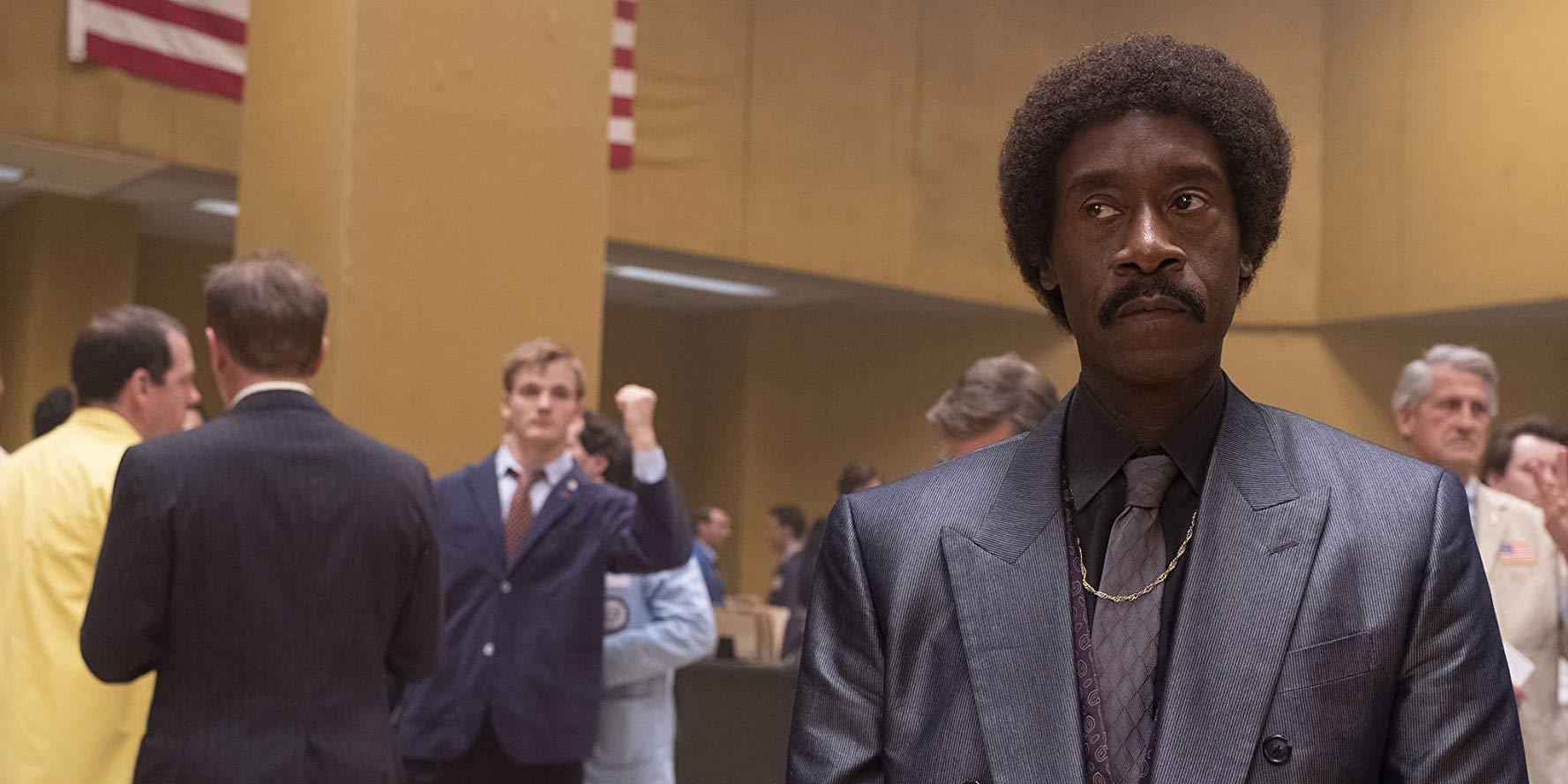 Black Monday: Don Cheadle in una scena della serie