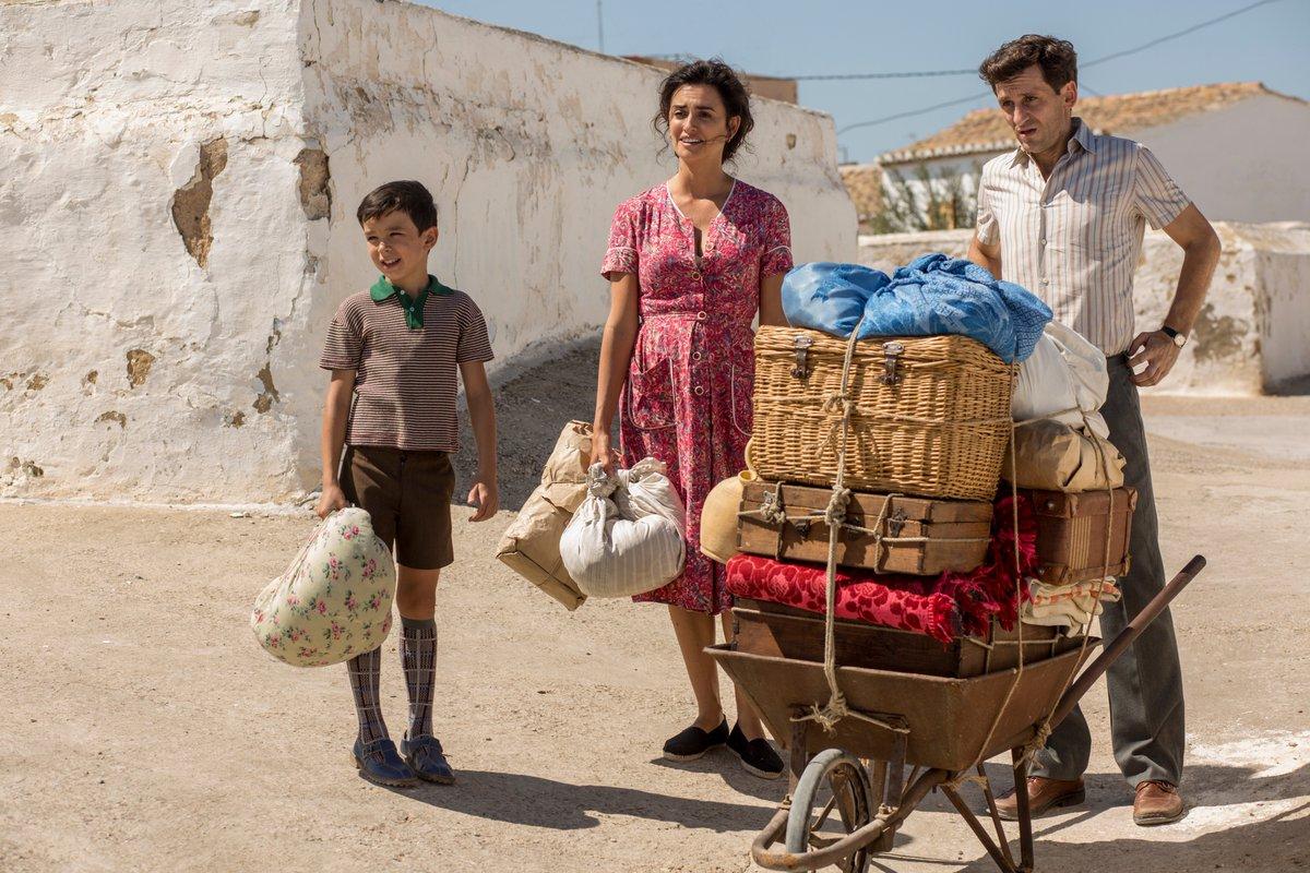 Dolor Y Gloria: Penélope Cruz, Raúl Arévalo in una scena