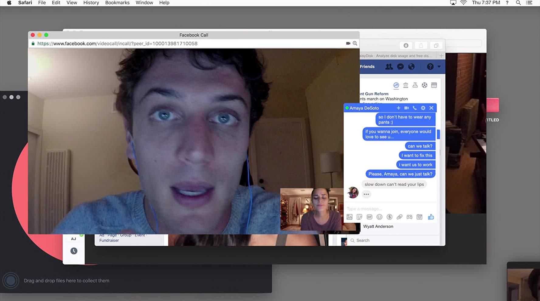 Unfriended - Dark Web: Colin Woodell in una scena del film