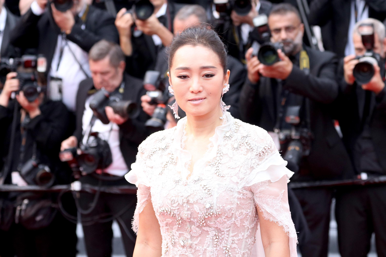 Cannes 2019: Gong Li sul red carpet di apertura