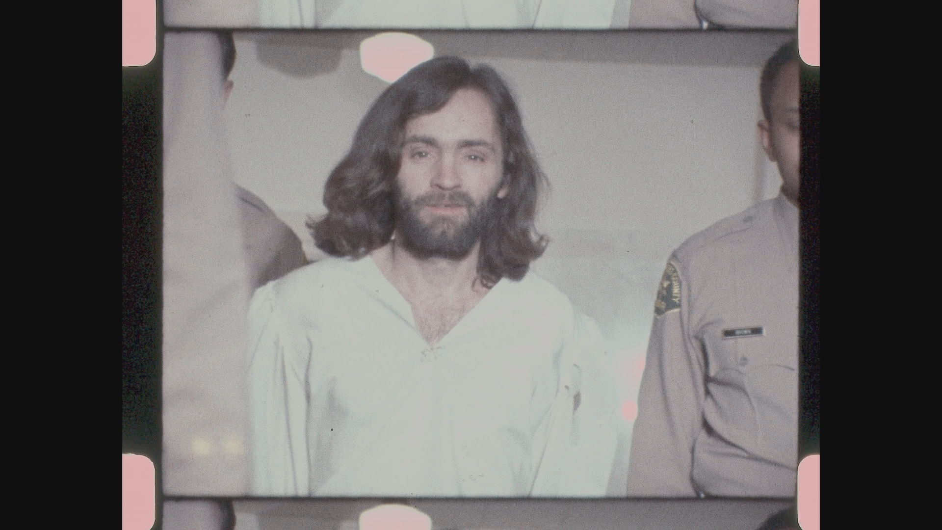 Charles Manson: The Lost Tapes: Manson in una scena del documentario