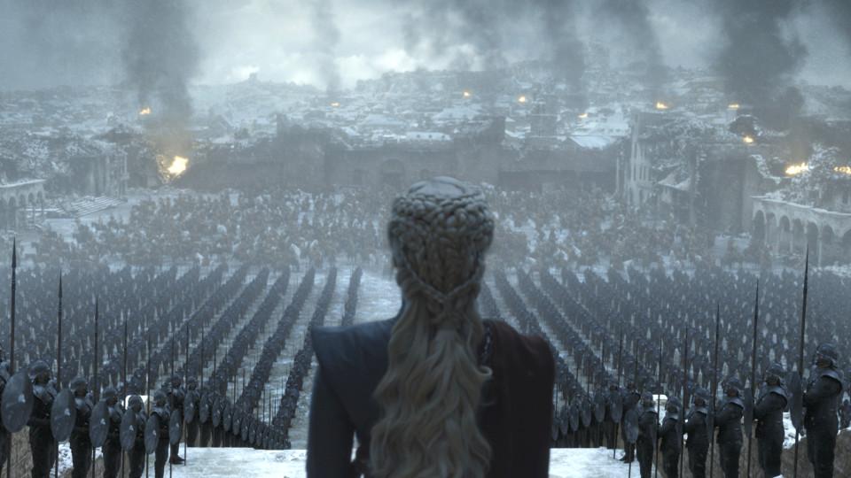 Il Trono di Spade 8x06: Emilia Clarke in una foto dell'ultimo episodio