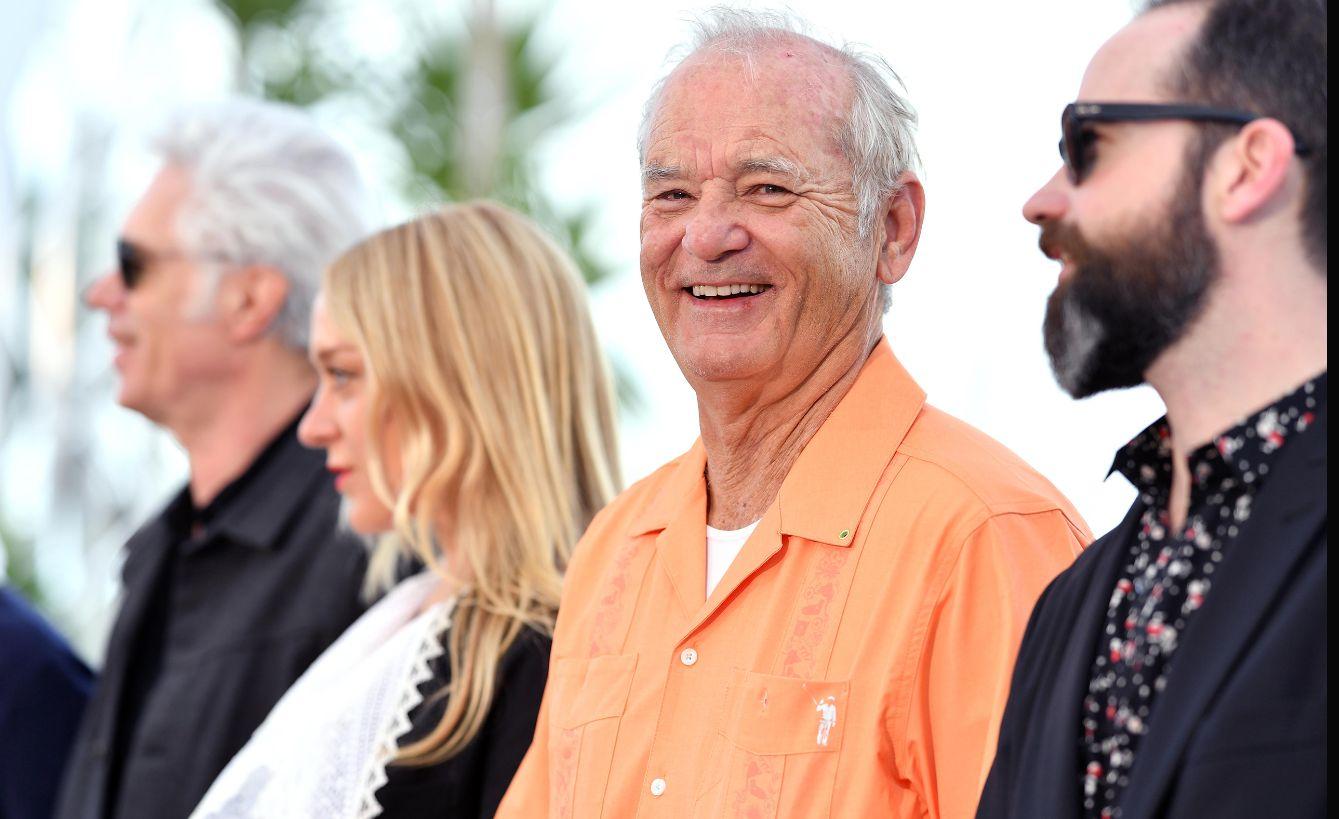 I morti non muoiono, Bill Murray sorride ai fotografi di Cannes 2019